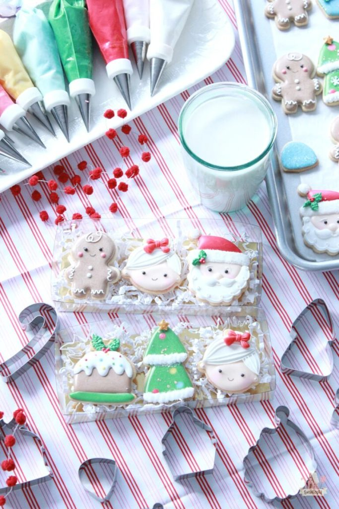 Simple Mini Christmas Cookies Decorated with Royal Icing